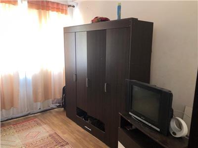 Apartament de vanzare pe Porii 2 camere!