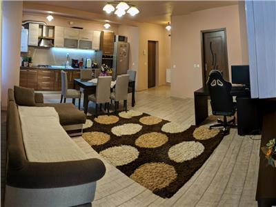 Apartament de vanzare 3 camere zona centrala a Florestiului!