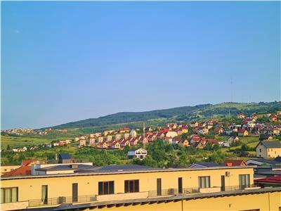 Inchiriere apartament 2 camere 50mp,balcon,2 garaje, Borhanci, Mega Image