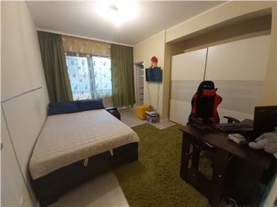 Apartament de vanzare, zona Sub Cetate, 3 camere cu gradina de 70 mp si terasa de 30 mp!