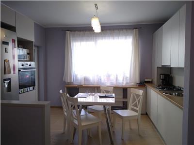 Apartament modern 3 camere, loc de parcare, Zona Somesului!