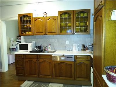 Apartament 3 camere, garaj, zona Vivo!
