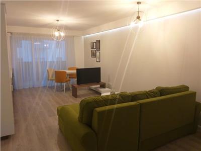 Inchiriere apartament doua camere, zona Piata Mihai Viteazu