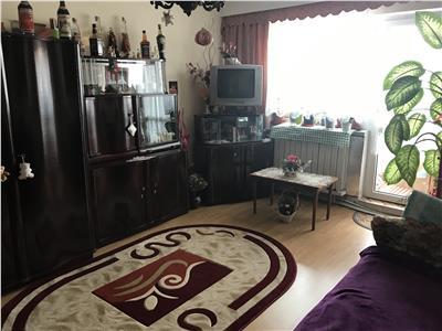 Vanzare apartament trei camere aproape de Iulius Mall