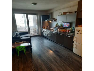 Apartament 2 camere, DECOMANDAT, zona centrala!
