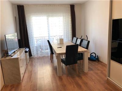 Apartament de vanzare 2 camere, decomandat, zona Florilor!