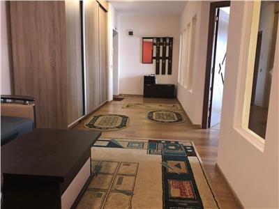 Apartament de vanzare ,decomandat 3 camere zona Stejarului!