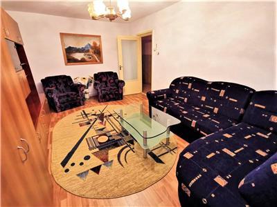 Inchiriere apartament 3 camere zona Intre Lacuri !!!