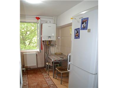 Inchiriere apartament 2 camere semidecomandat