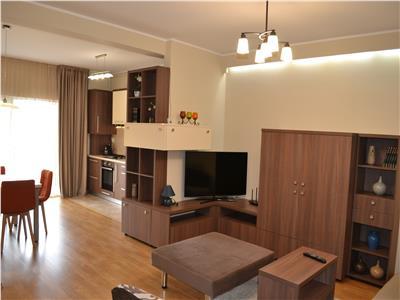 Apartament 2 camere inchiere bloc nou