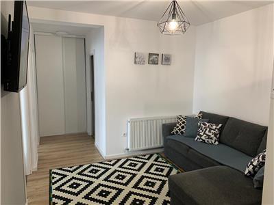 Apartament 3 camere, bloc nou, zona Sesul de sus