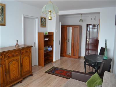 Inchiriere apartament 2 camere, zona Andrei Muresanu
