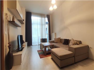 Se inchiriaza apartament cu 2 camere zona Centrala !!!