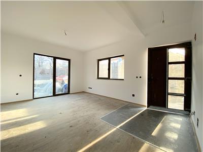 Casa de vanzare cu utilitati in Dezmir in zona de case noi