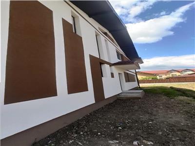 Vanzare casa 4 camere 150mp utili, 250mp de teren zona Someseni !
