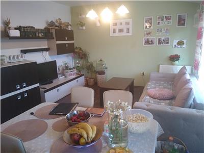 Apartament 2 camere, parcare, zona Eroilor!