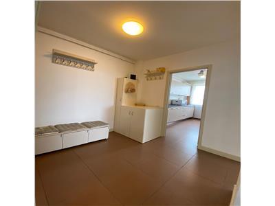 Apartament 2 Camere Decomandat Langa Grand Hotel Italia
