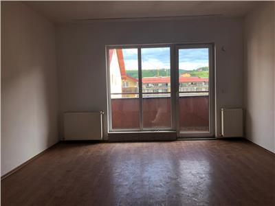Apartament de vanzare centru Floresti, 53 mp