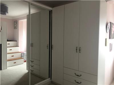 Apartament lux, de vanzare 80 mp cu gradina de 60 mp!