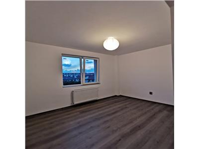 Apartament 3 camere, bloc nou cu lift, parcare!