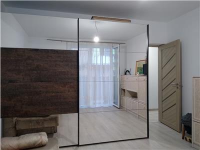 Apartament 2 camere, DECOMANDAT, zona Porii!