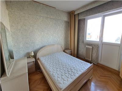 Inchiriere Apartament 4 camere decomandate zona Centrala, PRET FIX