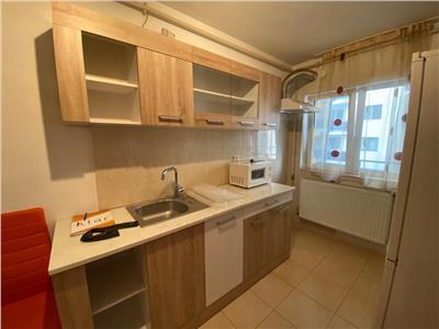 Apartament 2 camere, mobilat si utilat, zona Stejarului
