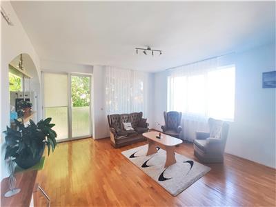 Inchiriere Apartament 3 camere, parcare, balcon, Buna Ziua !!!