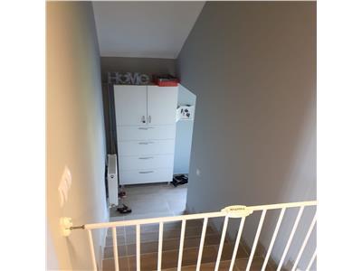 Apartament de vanzare cu 3 camere si cu panorama suberba!