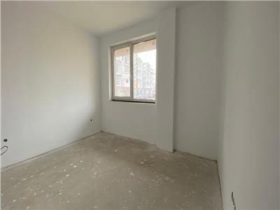 Apartament 3 camere,2 bai, cu CF, Parc Poligon!