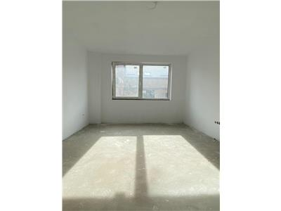 Apartament 3 camere, semifinisat, zona Parcul Poligon