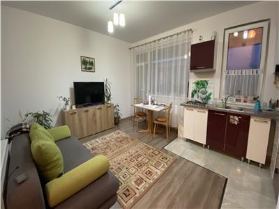 Apartament 2 camere, mobilat si utilat, parcare, zona Sub Cetate