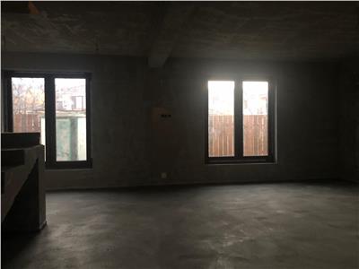 Casa de vanzare 150 mp utili, 250 curte libera  pe Avram Iancu la 2 min de VIVO!
