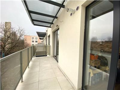 Apartament 2 camere decomandat, bloc nou, semicentral!