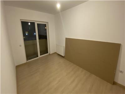 Apartament 2 camere decomandate, finisat, loc de parcare, zona Dumitru Mocanu