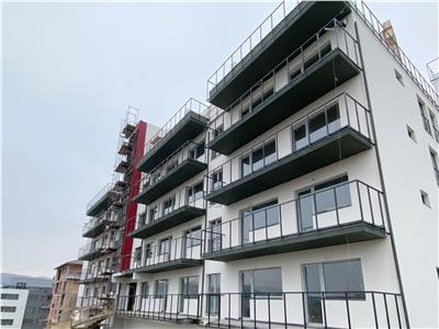 Apartament cu 3 camere decomandate