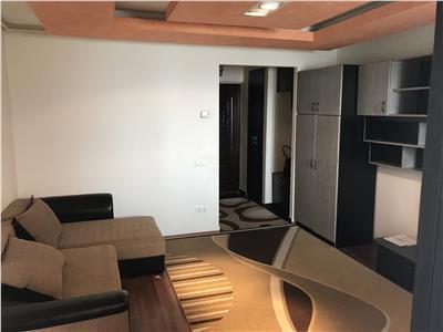 Apartament 1 camera zona Parang