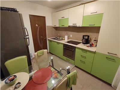 Apartament 2 camere decomandate  zona Cetatii !