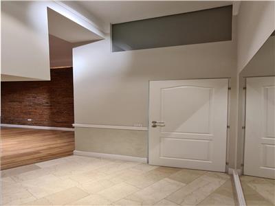 Casa cu design unic, cu pontential sigur de investitie