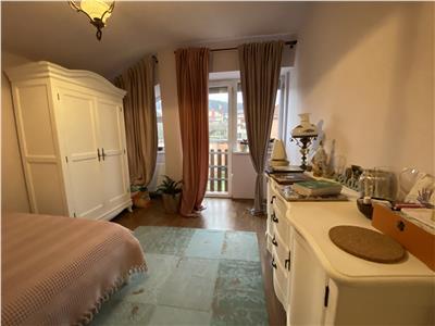 Apartament doua camere in bloc mic  cu sase apartamente