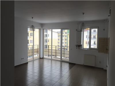 Apartament 2 camere, finisat, parcare, zona Florilor