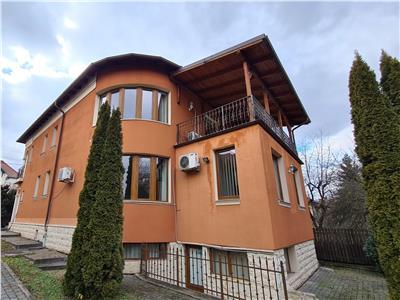 Inchiriere casa preferabil pt birouri 350mp+600 mp de curte zona Andrei Muresanu
