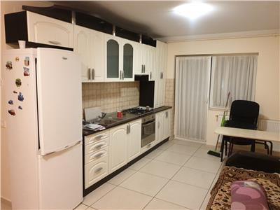 Apartament 3 camere balcon parcare zona Eroilor