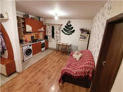 Apartament 2 camere balcon zona strazii Stejarului