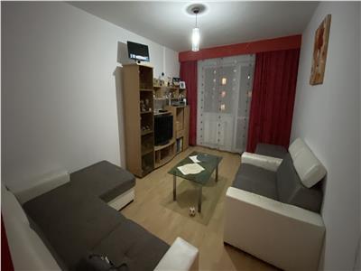 Apartament 3 camere, mobilat si utilat, zona Parang