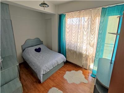Apartament 2 camere, strada Bucuresti