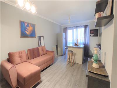 Apartament 2 camere, zona Vivo