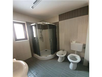 Apartament 3 camere, gradina, parcare, zona Stejarului!