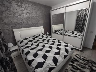 Apartament 2 camere, la cheie, 2 parcari!