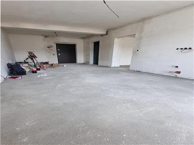 Apartament 2 camere semifinisat lift zona Terra